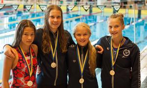 Laget som firade stora triumfer genom att vinna alla lagkapperna. Filippa Eklund, Victoria Flyman, Clara Bergh samt Lovis Jernber.