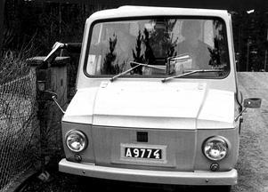 Tjorven: Den höga plastbilen var främst avsedd för brevbärare. Tjorven tillverkades av Kalmar Verkstäder från 1965.
