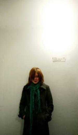 Massmedia står i kö för att få intervjua henne. Men 12-åriga Björk Mirjamsdotter i Sundsvall har svårt att vänja sig vid fotoblixtarna och den uppmärksamhet hon fått för sin bok
