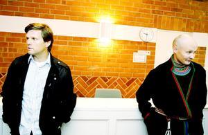 Jerker Bexelius, till vänster, är verksamhetschef på sydsamiska centret Gaaltije i Östersund och följer delar av rättegången. Kjell-Ove Klementsson är ordförande i Jovnevaerie sameby och ska höras i veckan.
