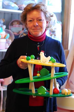 Steinunn Björk Birgisdóttir flyttade från Island till Hudiksvall för ett år sedan. Med sig i bagaget hade hon en leksaksaffär som på Island hade landets president som kund.