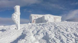 Sol och snö på Skutans topp - inte så dumt.