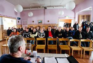 Ett stort antal mjölkbönder mötte upp till mötet i Lunne bygdegård utanför Brunflo.