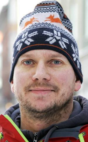 Oscar Berglund, 35 år, Östersund:– Ja, men det är tyvärr alldeles för sällan som man gör det. Teater är annorlunda, det är kreativt. Det är kanske lite klent utbud i stan.