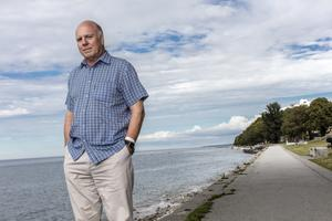 Peter Robinson i Visby under deckarmässan Crimetime.