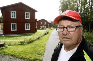 Ulf Olsson, ordförande i bostadsrättsföreningen, är nöjd över att åter ha en fungerande tv-mottagning.