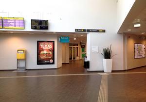 Stationen får bara övervakas när det är få människor i rörelse, eller då den är stängd. Därför installeras inga övervakningskameror.