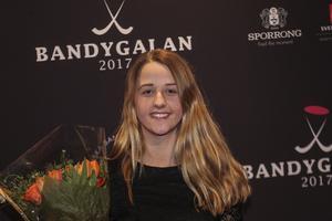 Malin Persson – Årets spelare i svensk bandy 2016/2017.
