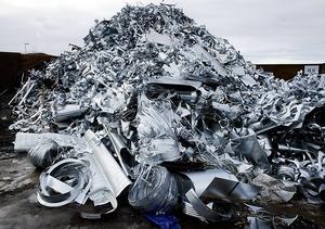Under helgen stals 15-20 ton metallskrot från återvinningsstationen i Bräcke.