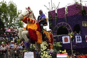 Blomsterparaden i slutet av April hade 60  000 besökare förra året.