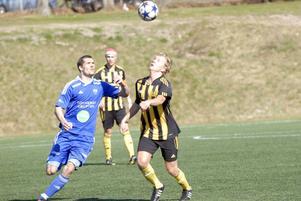 Max Källberg har full fokus på bollen.