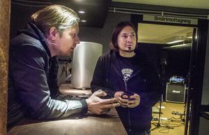Lars Nylander och Peter Rudhberg laddar för Holmfest, konsertkvällen som samlar in pengar i kampen mot cancer.
