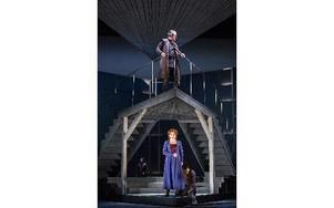 Göteborgsoperans nya uppsättning av Richard Wagners Tristan och Isolde är gripande. FOTO: MATS BÄCKER