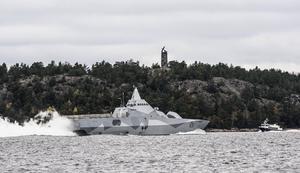 Korvetten HMS Visby under sökandet efter främmande inkräktare i Stockholms mellersta och södra skärgård i oktober 2014.