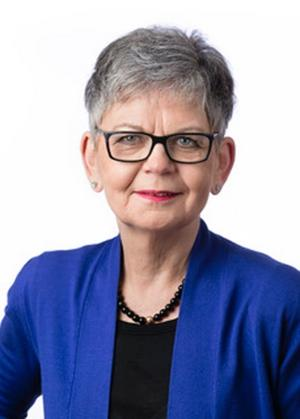 Karin Tilly, 67 år, är huvudkandidat för Posk, Partipolitiskt obundna i Svenska kyrkan.  Hon har bland annat arbetat som jämställdhetsdirektör på länsstyrelsen. Karin Tilly bor på Blåsbo.
