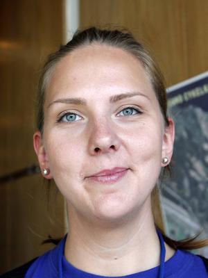 Maria Olsson arbetar på Grön trafik och har arbetat med Europeiska trafikantveckan. Hon tror att tekniken som finns i dag ger större möjligheter för människor att samåka och arbeta hemifrån i stället för att ta bilen.