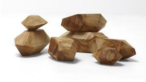 """Träskulpturer från möbelkollektionen """"Stockholm Wood""""."""