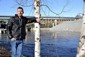 – Vi ser det som en väldigt spännande utmaning, säger Patrik Wreeby, en av ägarna till Premicare, som nu expanderar utanför länet.
