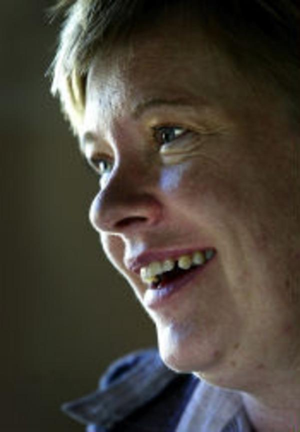 Den som inte vet kan heller inte ana, för 13 år sedan fick Annelie Lindberg både nytt hjärta och nya lungor. Nu mår hon bra, till skillnad från före transplantationen.