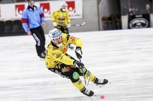 Jonas Nygren kommer till spel för Broberg.