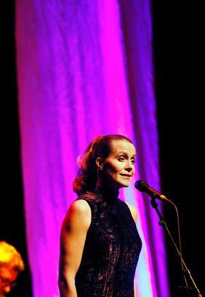 Mest imponerande var nog ändå Jeanette Köhns klara, klassiska sopran.