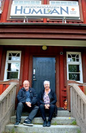 På den här trappen har Lasse Svensson och Ulla Rönnols suttit otaliga gånger.