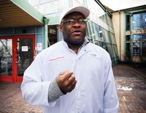 Livsklubbens ordförande i Gävle, Wellington Ikuobase, har inte gett upp hoppet än om att Cloettas godisfabrik i Gävle ska kunna fortsätta.