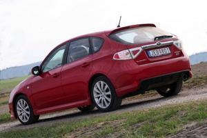 Imprezan är inte längre bara en sportbil utan ses också på uppfarterna hos Sveriges mest nöjda bilägare.