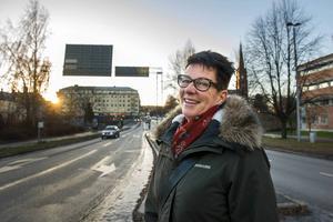 Det är fortfarande lika roligt att träffa kunder, menar Eva Eriksson, säljare på Mittmedias företagsmarknad i Sundsvall.