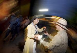 Det dansas inte bara linedance i Furuvik. Framför scenen både buggas och foxtrotas det.