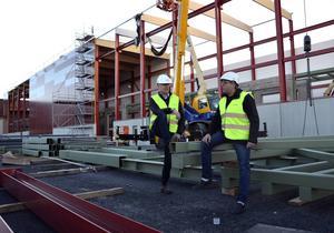 Företaget Sprincom har just påbörjat ett installationsarbete på Tunadals sågverk.