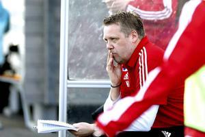 Niklas Lundberg, tränare hos Modo FF Dam.