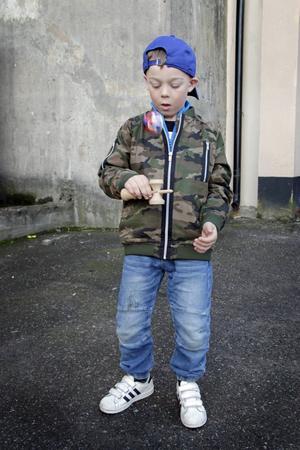 Edvin Vahlman, sju år, är en säker nybörjare.