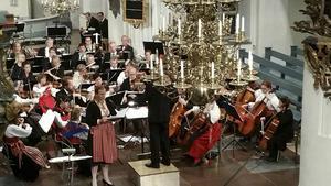 Runt 80 personer fanns på plats i Leksands kyrka för att uppleva Borlänge orkesterförening och sopransolisten Katharina Frogner Kockum i söndagens konsert.