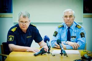 Länspolismästare Kalle Wallin och polisens informationschef Torbjörn Carlson.