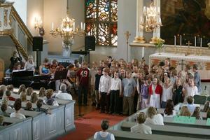 Det är väl bra att kyrkan kan användas till något annat också, än bara till allt för lite besökta gudstjänster, tycker Ulla-Britt Sunding. Foto: Håkan Degselius