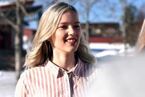 Anneli hade hoppats på att överraska klassen med beskedet om att de gått vidare till A-final men Erika Duhlbo, bilden, var snabbare än så och