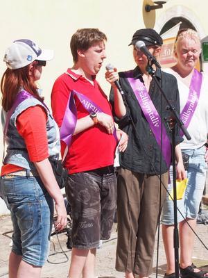 Jakob Fichtelius från Sandviken spred i speakers corner kunskap om den sällsynta sjukdomen Sturge Weber syndrom