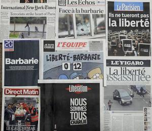 Franska och utländska tidningar hyllade Charlie Hebdo dagen efter terrorattacken,