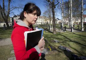 –Det är först till kvarn som gäller, säger Camilla Rasmussén, kyrkogårdschef.