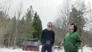 Martin och Charlie Dahlén Jansson tvingas riva tre av sina uthus på grund av, som de ser det, en miss av Jämtkraft.