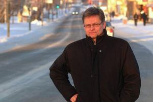 """""""Vägverket struntar tydligen blankt i vad vi tycker om vägsaltning  i Bräcke kommun"""", säger Bräckes kommunalråd, Sven-Åke Draxten.Foto: Ingvar Ericsson"""