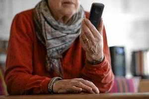 störande. Var sjätte anmälan till Konsumentverket rör telefonförsäljare. Och ofta är det äldre som drabbas.Arkivfoto: Per Larsson /TT