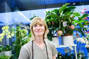 Katharina Johansson, florist, Brunflo– Skulle månaden vara en vecka längre skulle nog lönen räcka ändå och skulle man tjäna mera skulle lönen ändå ta slut. Jag har väl lite mindre pengar sista veckan än vad jag ofta vill inse.