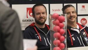 Jonas Edling tillsammans med lagkamraten Hans Andersson.