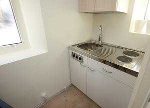 En kokvrå i en studentlägenhet. Kanske det första egna köket. FOTO: DRAGO PRVULOVIC / TT