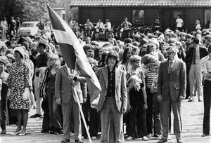 Svenska flaggans dag på Djäkneberget 1972. Känner du igen dig?