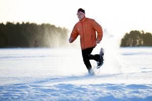 Per Mårthans tror på den nya sporten. Sista anmälningsdag är torsdag 15 januari på www.runnwinterweek.se