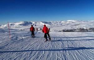 Skidåkningen är trots allt Åres huvudattraktion vintertid. Därför måste Skistar bredda skidområdet, skriver Sune Malmström.