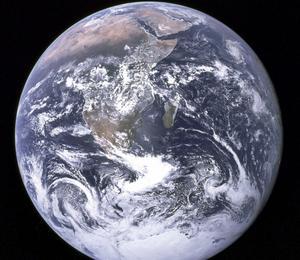 Vårt hem. Vetenskapens budskap är tydligt. Klimatskadliga utsläpp måste minst halveras till 2050, skriver Andreas Carlgren. foto: scanpix